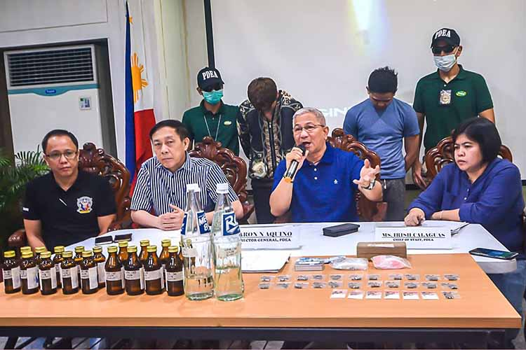 2 men arrested for selling party drugs in Mandaluyong