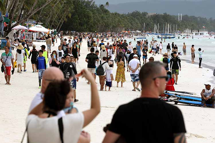 DOT fully backs ultimatum to clean up Boracay