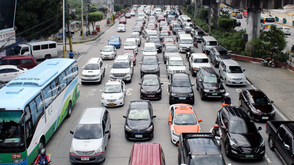 SC asks MMDA to comment on consolidated pleas vs. bus ban
