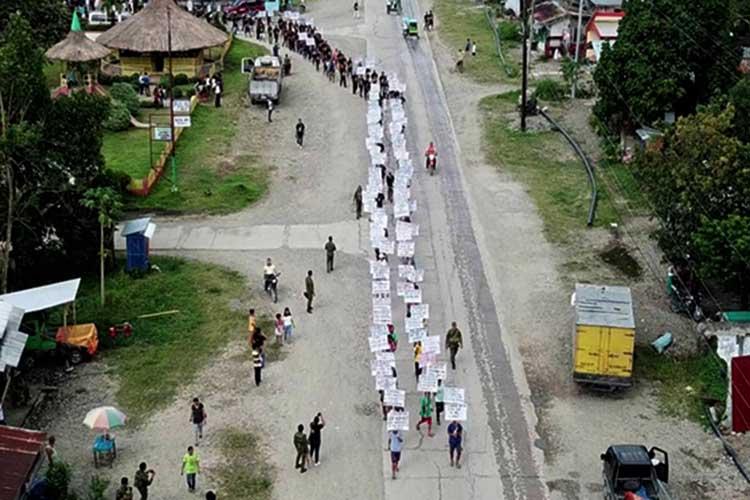 14 NPA, 105 followers surrender to Zambo Sur