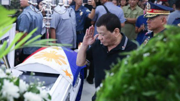 PRRD raises bounty anew for capture of cops' killers to P5-M