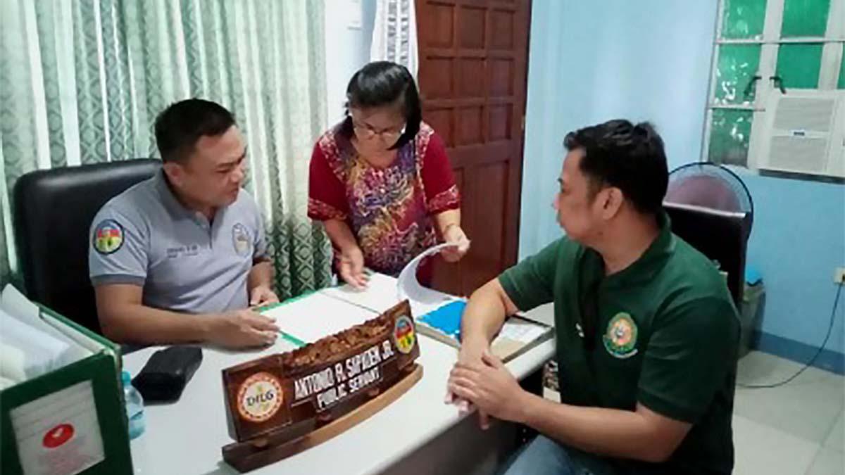 BJMP, MMSU to teach inmates raise native Bolinao chickens