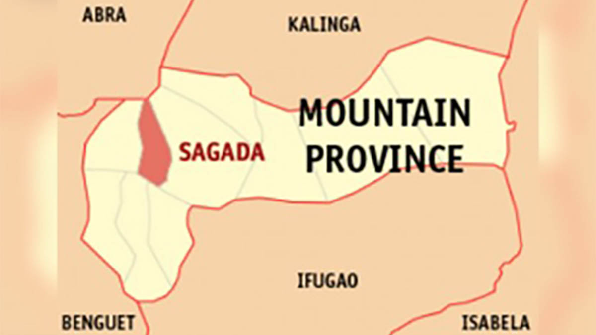 2 NPA members in Sagada surrender with weapons, ammo