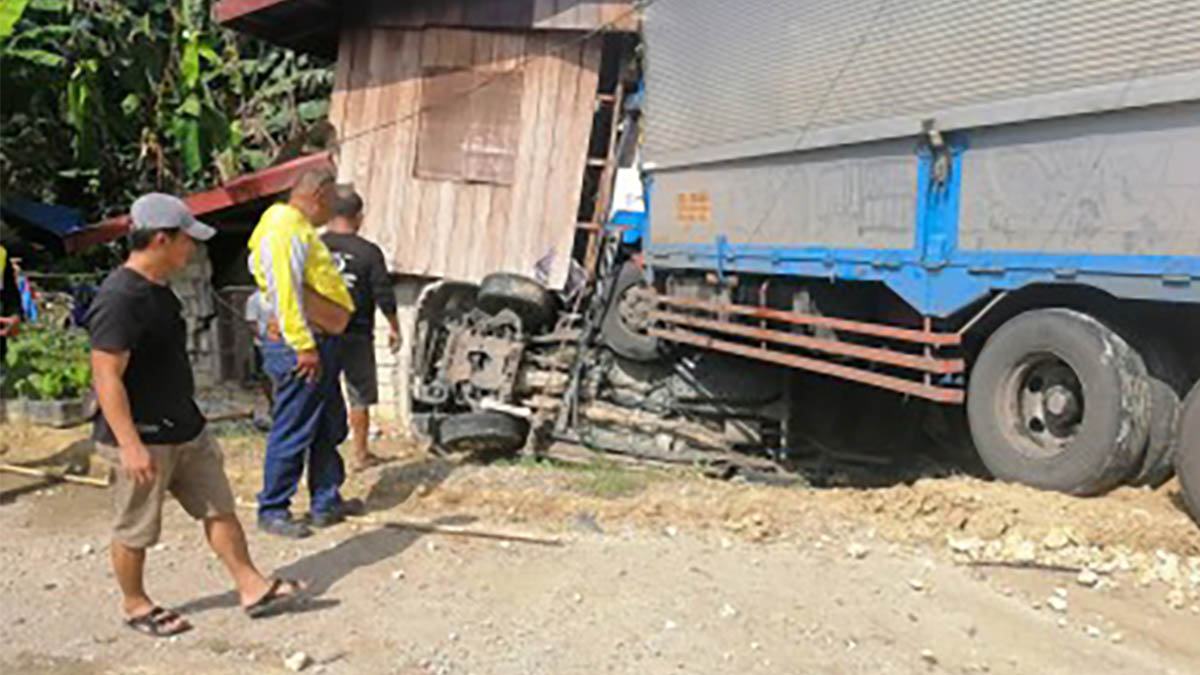 4 soldiers dead, 7 others hurt in Samar road crash