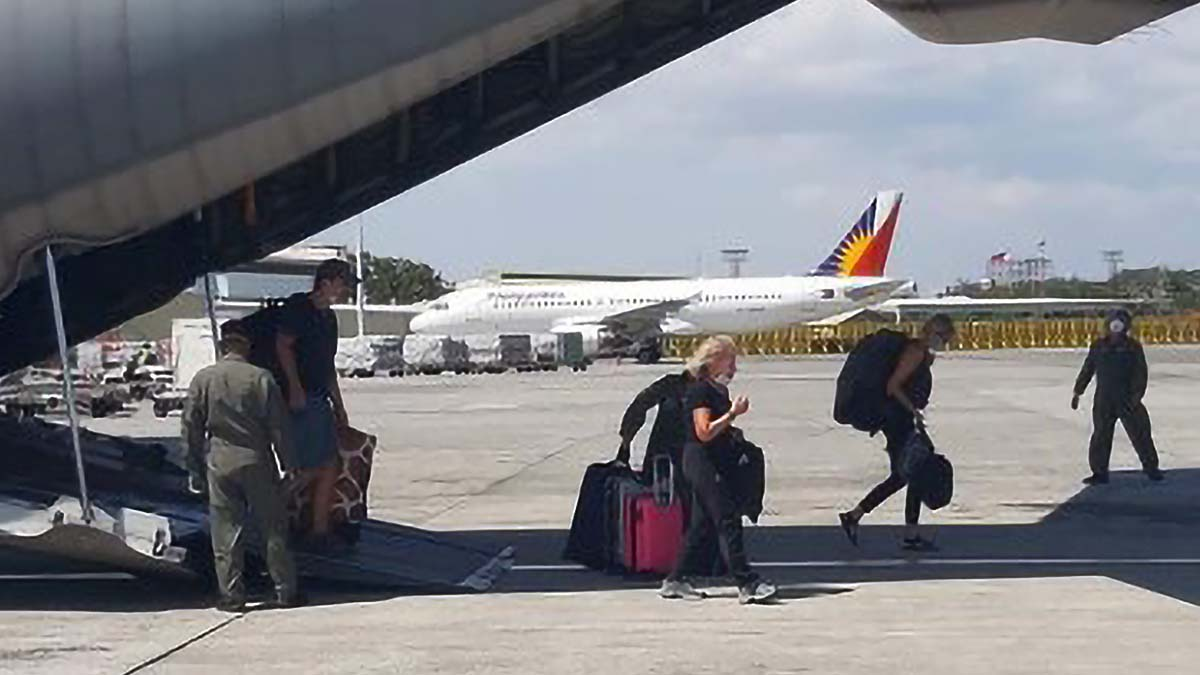 PH Air Force transports stranded foreign tourists to Manila