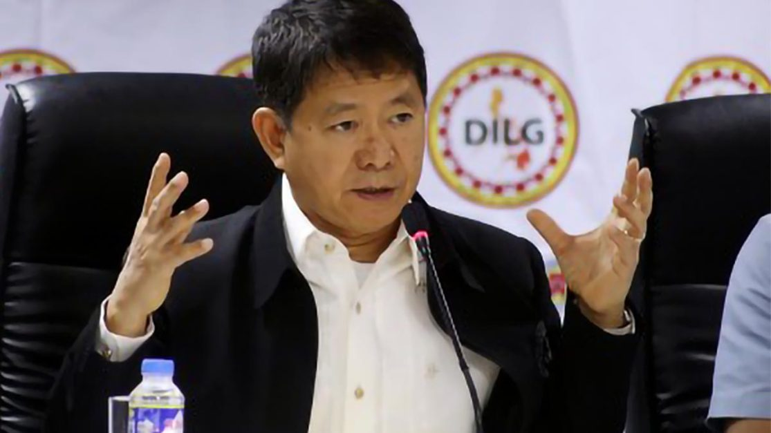 Workers to present IDs upon entering Metro Manila: DILG